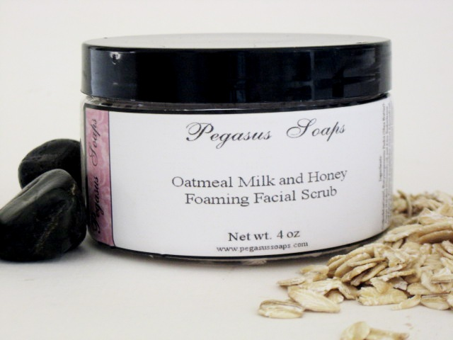 Oatmeal Milk and Honey Foaming Oatmeal Facial Scrub 4 oz